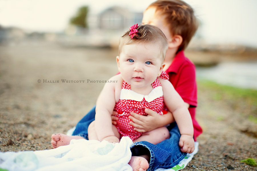 Clinton, CT photographer captures brother and sister at Mason