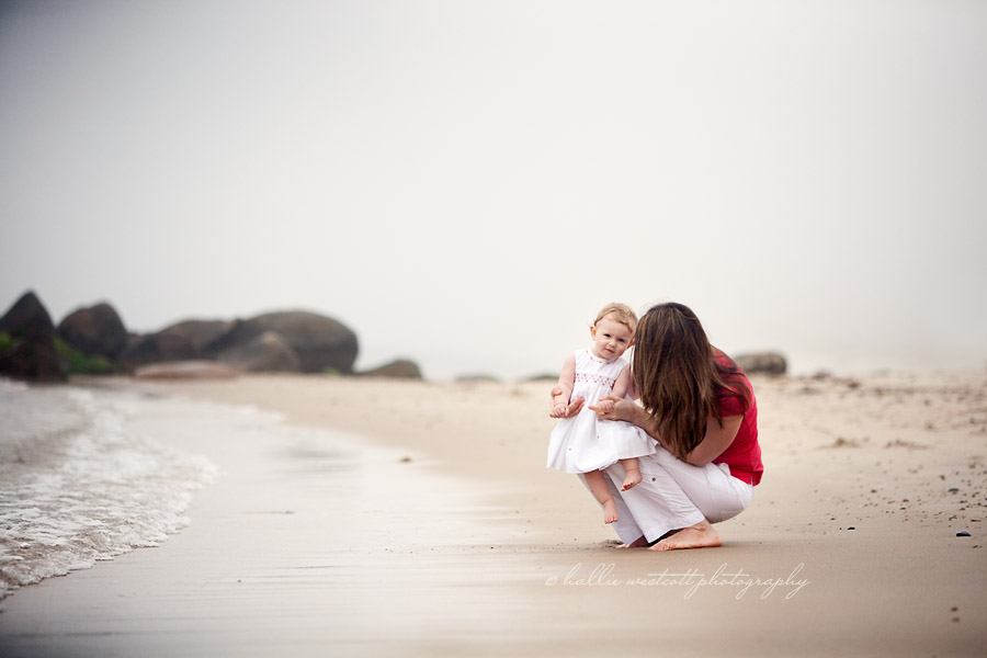 CT Child photographer captures mom and baby on a foggy beach at Harkness Park in Waterford, CT
