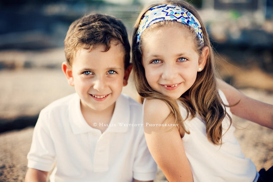 Mystic, CT photographer captures brother and sister at Mason