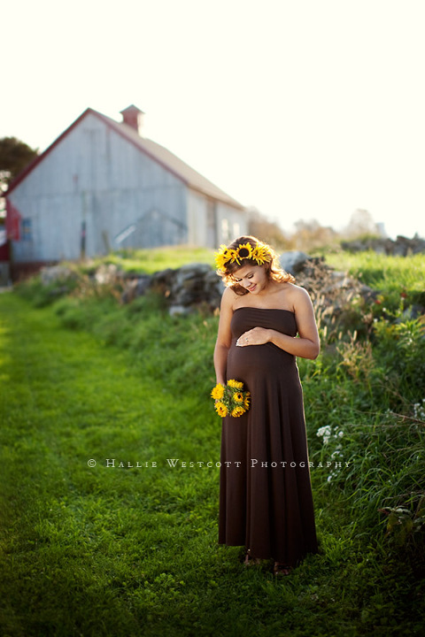 CT photographer captures a beautiful mother to be at a gorgeous location in Bolton, CT