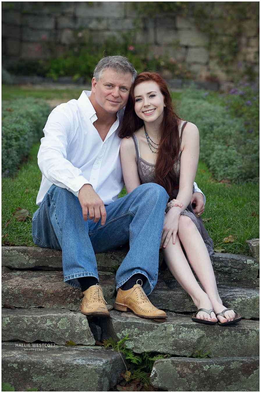 CT portriat photographer, Hallie Westcott takes father and daughter portraits at Harkness Park